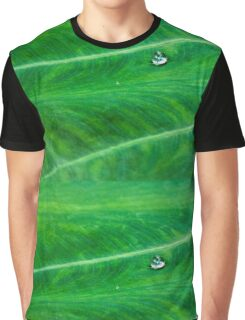 Leafy Green Water Droplet Graphic T-Shirt