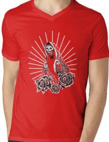 Even the death loves roses Mens V-Neck T-Shirt