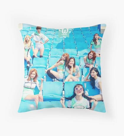 twice cheers up Throw Pillow
