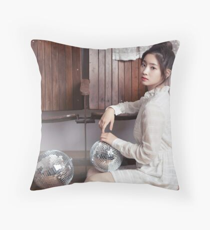 dahyun twice Throw Pillow