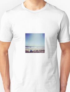 Byron Bay chill time Unisex T-Shirt