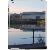 Vue Over a Loch iPad Case/Skin