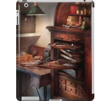 Dentist - Lab - Dental Workstation iPad Case/Skin