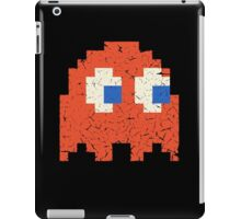 Vintage Look Arcade Pixel Ghost Man  iPad Case/Skin