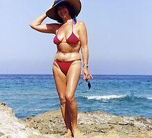 Big Hat & Red Bikini by Francis Drake