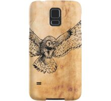 Flying owl digital illustration on old paper texture Samsung Galaxy Case/Skin
