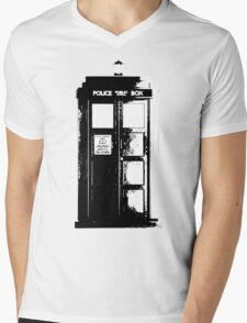 Tardis Noir Mens V-Neck T-Shirt