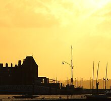 Cowes Sunset by Jonathan Cox