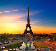 PARIS 17 by Tom Uhlenberg
