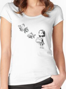 Girl and the fish Women's Fitted Scoop T-Shirt