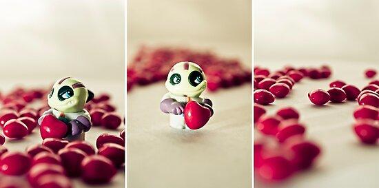 Little heart stealer by Nathalie Chaput