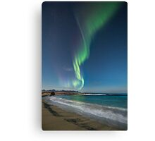 Auroras at the beach Canvas Print