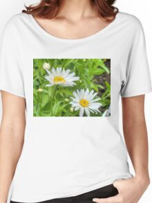 Daisy in the Garden Women's Relaxed Fit T-Shirt
