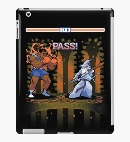 Round One, Pass! iPad Case/Skin