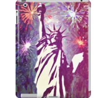 Statue Liberty 4th of July Fireworks 2a iPad Case/Skin