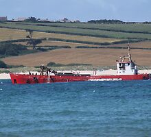 Dredging the Camel estuary. by kenmay