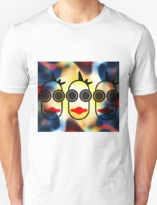 MOODI 3 face, by m a longbottom - PLATFORM58 T-Shirt