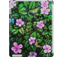 Spreading wings and leaves iPad Case/Skin