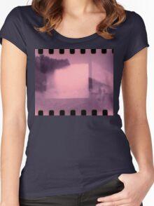 Shoreline Women's Fitted Scoop T-Shirt