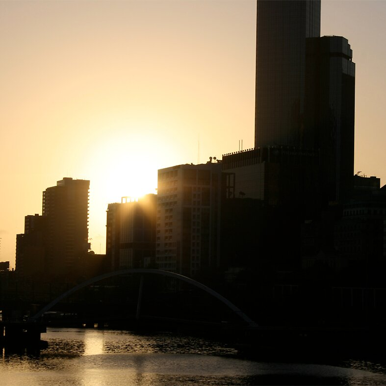 melbourne silhouette at dusk by Lucy Ennis