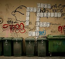 Squabble by Tim Heraud