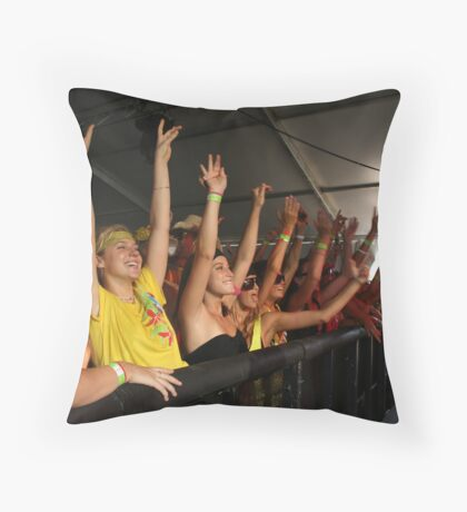 unleashed07 Throw Pillow
