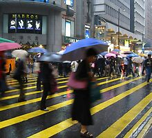 Crossing in Lan Kwai Fong by appletea