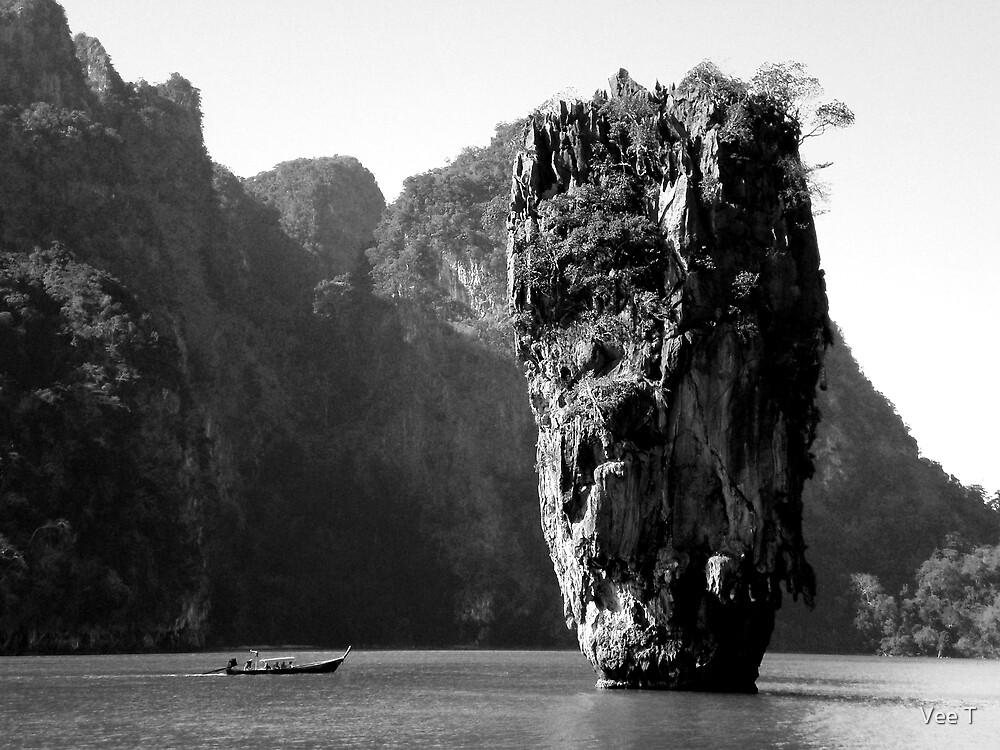 Phang Nga by Vee T