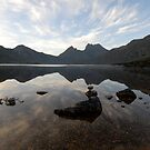 Cradle Mountain at Dawn by peter