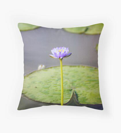 Kakadu Lily Throw Pillow