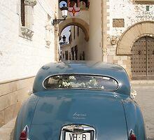 Vintage Wedding Car by Shutterbug