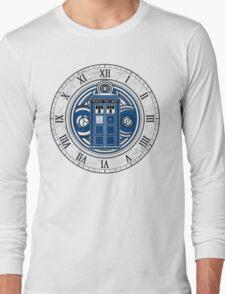 TARDIS and Clock - Doctor Who Long Sleeve T-Shirt