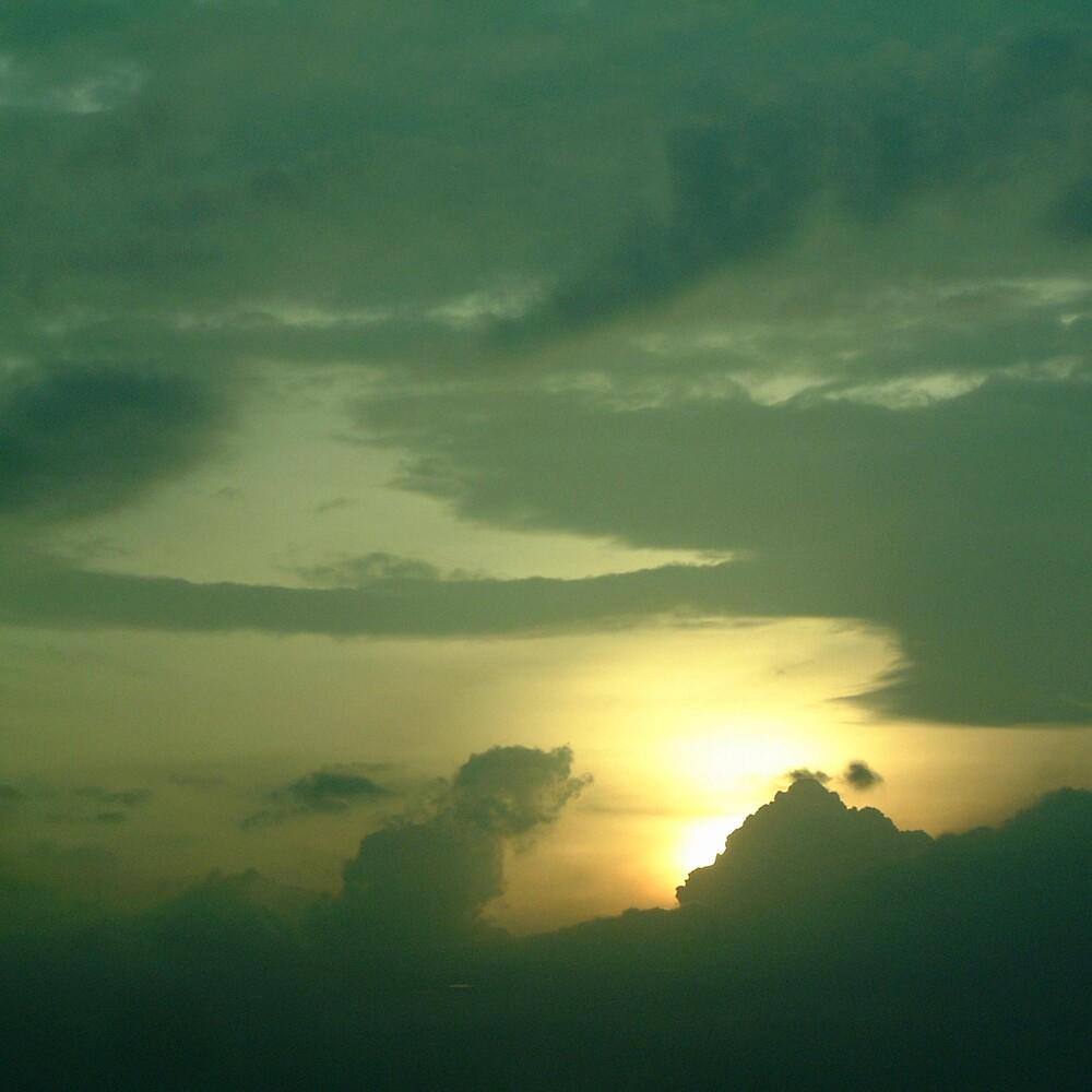 cloudscape 3 by Devan Foster
