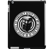 Never Cruel Or Cowardly - Doctor Who - Black TARDIS iPad Case/Skin