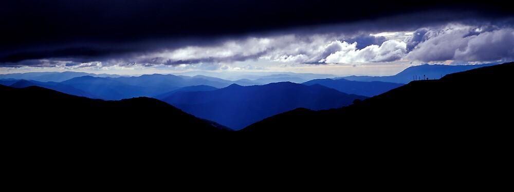 Cloud Break - Mt Hotham - Victoria by James Pierce