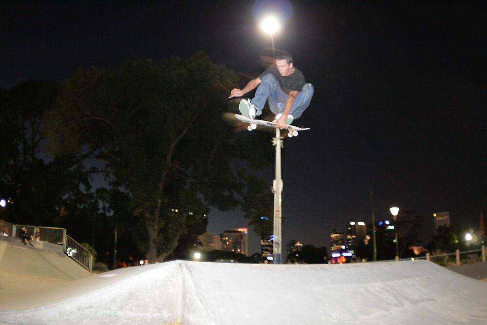 Kicky Indy by Javier Romero