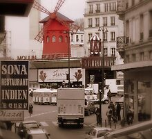 Moulin Rouge by Steven Zan