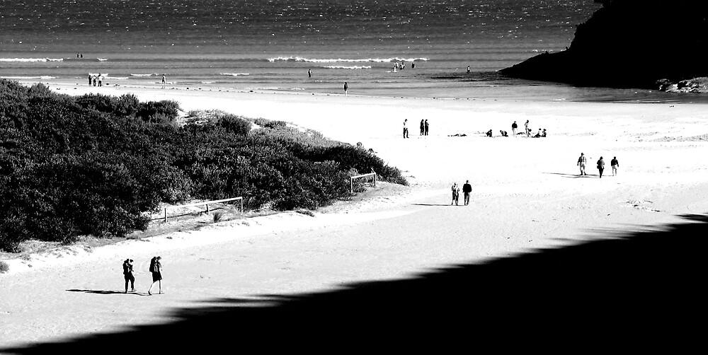 beach walkers by kenan