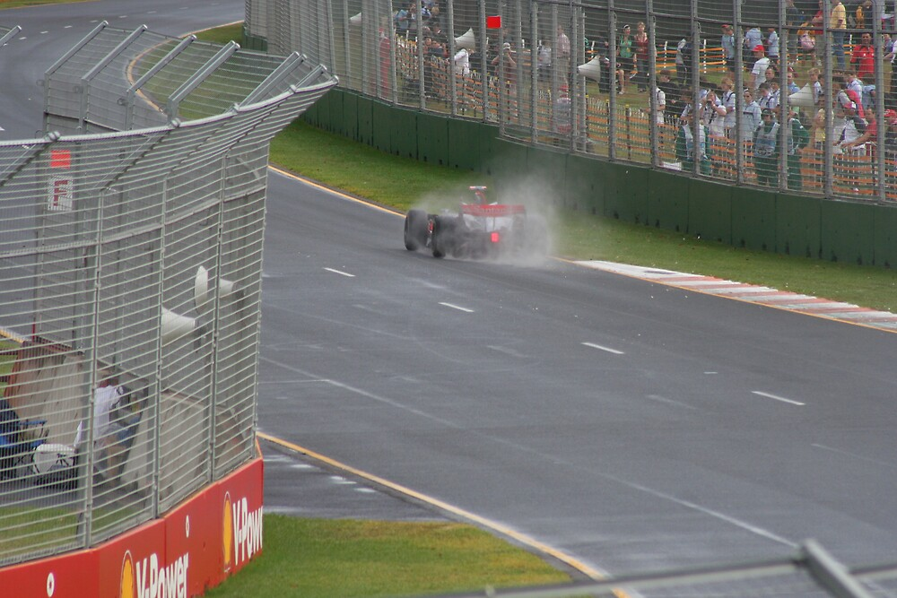 Alonso enveloped in the rain by Gerard Kennedy