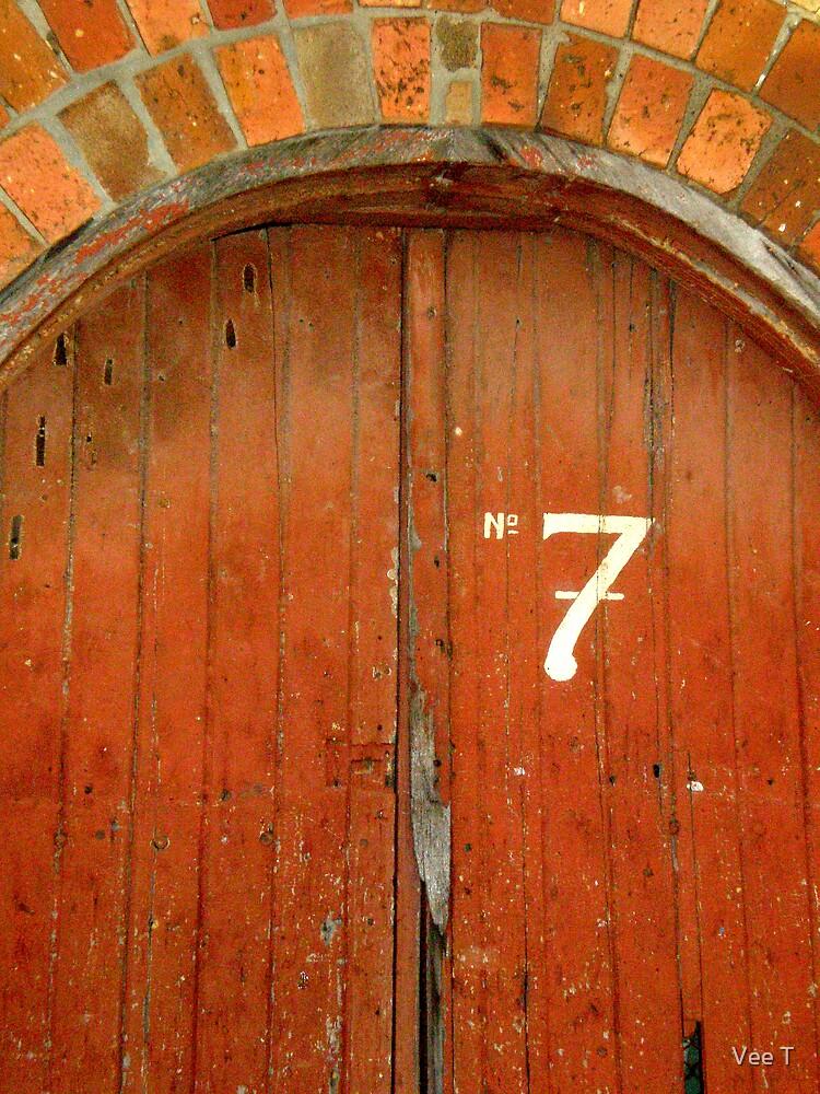 No.7 by Vee T