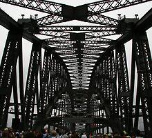 sydney harbour bridge by Ben Ooi