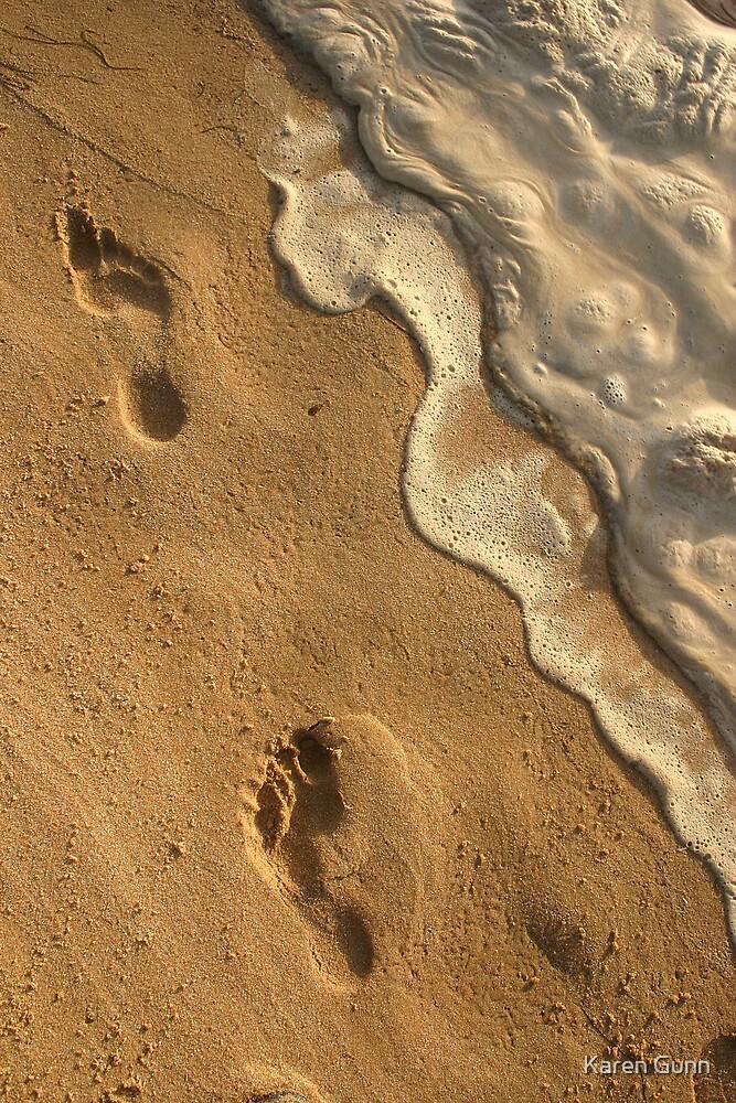 Beaches And Cream  by Karen Gunn