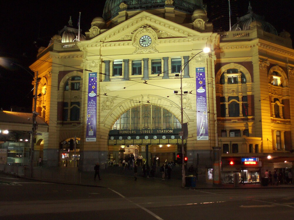Flinders St Station at Night by Paul Lamble