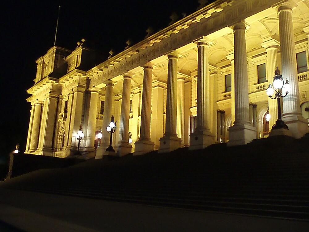Parliament House - Melbourne by Paul Lamble
