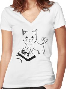 Arcade Kitten Women's Fitted V-Neck T-Shirt