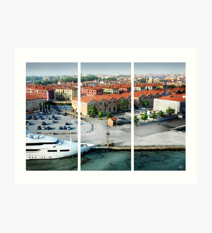 Leaving Venice Art Print