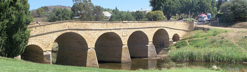 Richmond Bridge by aperture