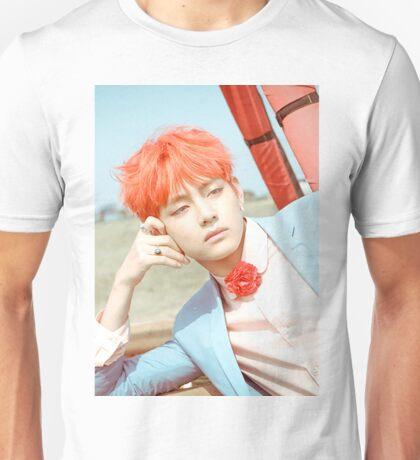 Taehyung - V Unisex T-Shirt
