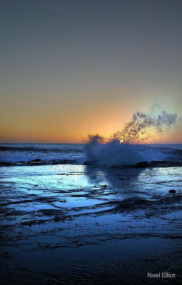 Blue Wave by Noel Elliot