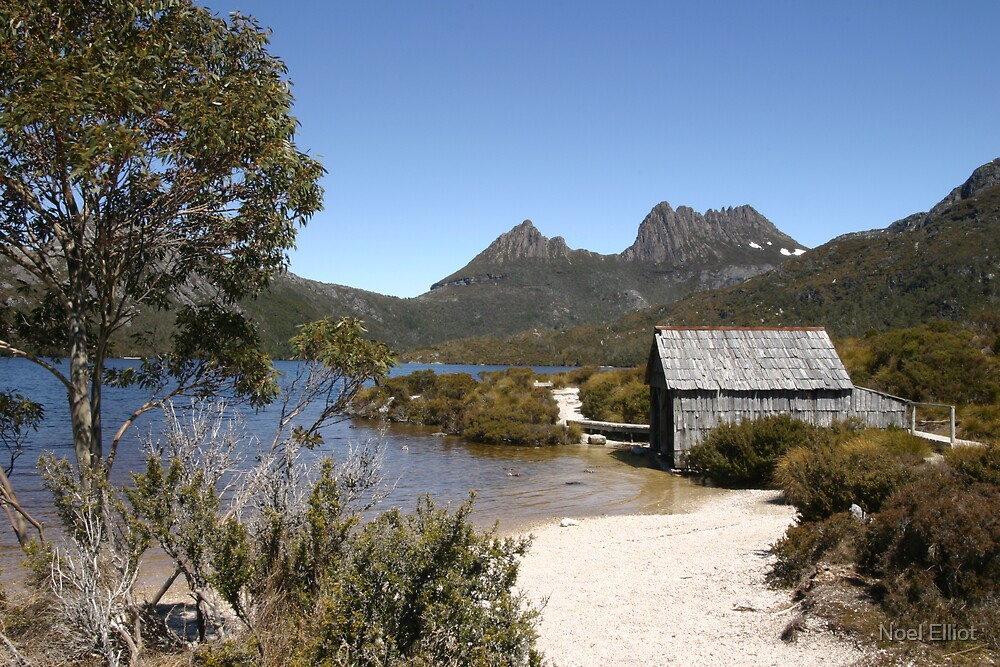 Cradle Mountain by Noel Elliot